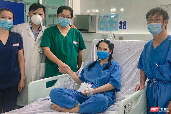 Nữ điều dưỡng bị sốc sau tiêm vắc xin COVID-19 ở Đà Nẵng đã bình phục, được ra viện