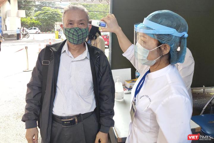 Vì sao các bệnh viện phải rà soát lại toàn bộ quy trình xét nghiệm virus SARS-CoV-2?