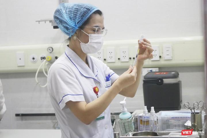 Bộ Y tế: Thời gian tiêm mũi 2 vaccine COVID-19 AstraZeneca có thể được rút ngắn