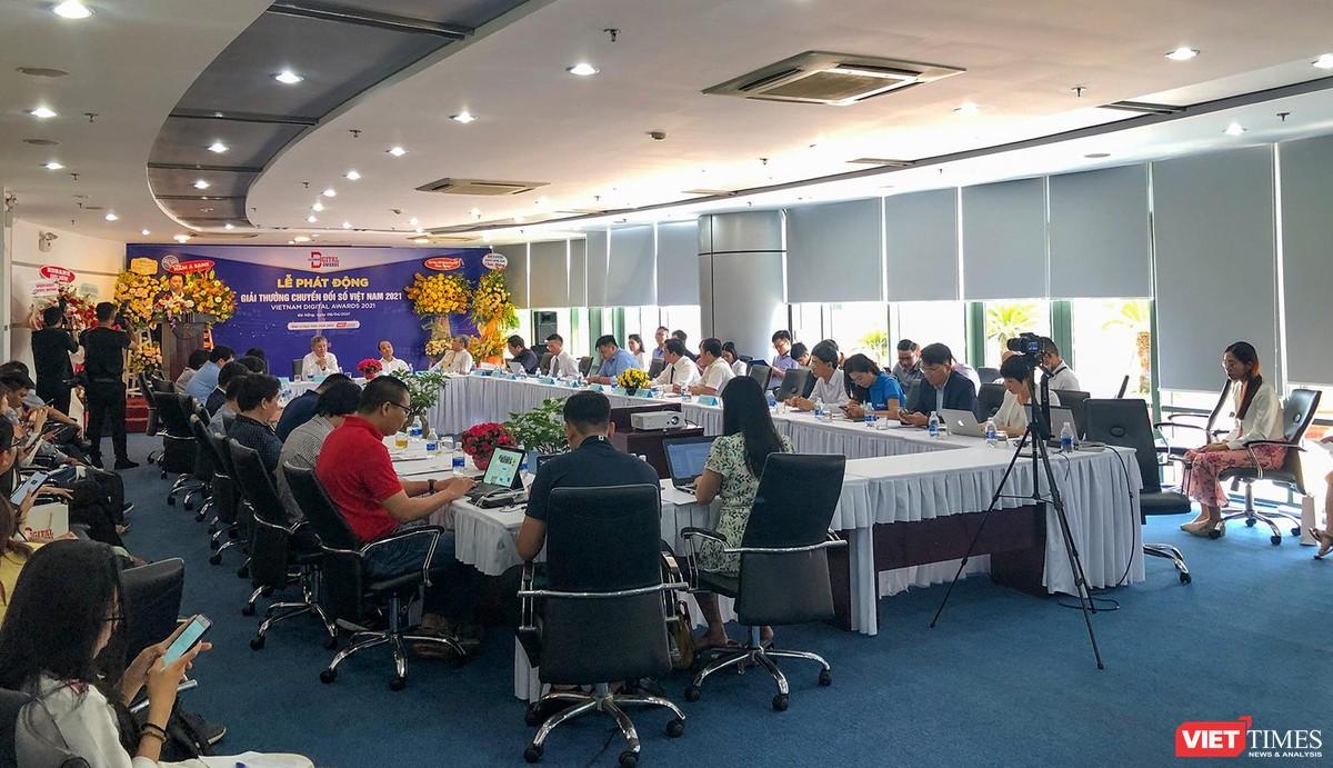 Chùm ảnh Lễ phát động Giải thưởng Chuyển đổi số Việt Nam năm 2021 tại Đà Nẵng ảnh 6