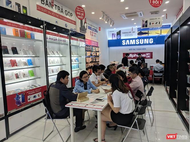 Galaxy S9/S9+ trong ngày mở bán chính thức đầu tiên tại Việt Nam ảnh 9