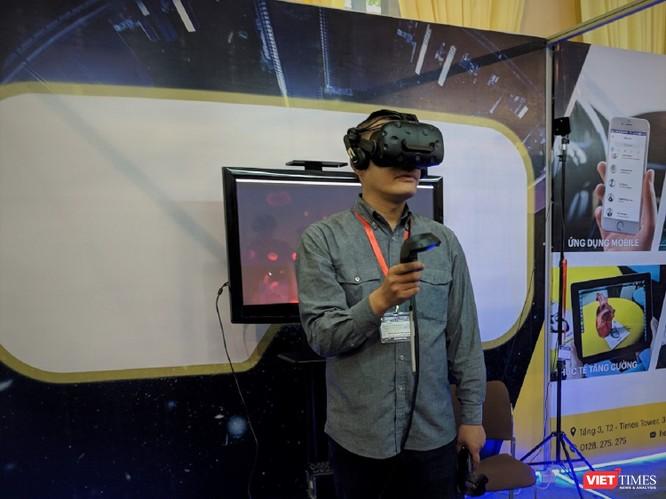 Trải nghiệm VR và AR tại Triển lãm VIBASHOW & VIETCON 2018 ảnh 16