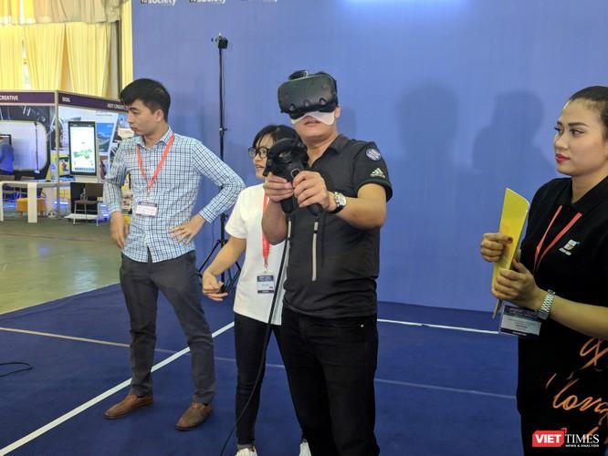 Trải nghiệm VR và AR tại Triển lãm VIBASHOW & VIETCON 2018 ảnh 17