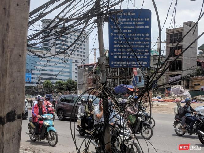 """Giật mình cáp viễn thông như """"liễu rủ"""" trên đường Minh Khai ảnh 8"""