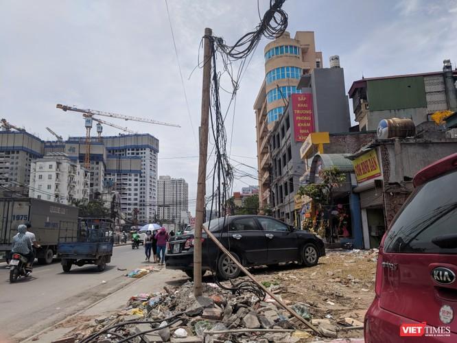 """Giật mình cáp viễn thông như """"liễu rủ"""" trên đường Minh Khai ảnh 12"""