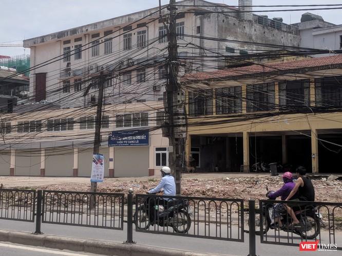 """Giật mình cáp viễn thông như """"liễu rủ"""" trên đường Minh Khai ảnh 22"""