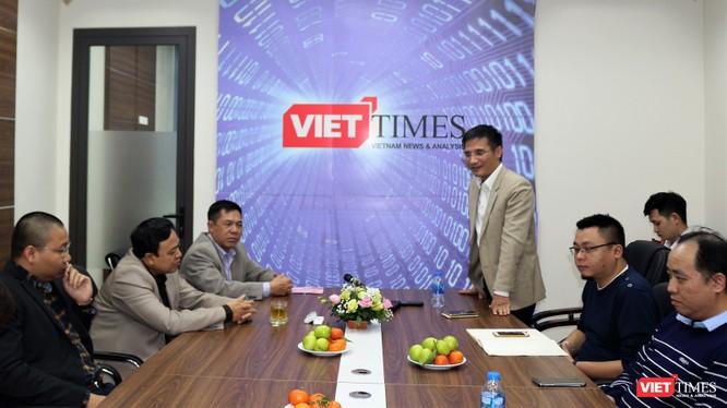 Trao Bằng khen cho 4 cá nhân xuất sắc của VietTimes ảnh 1