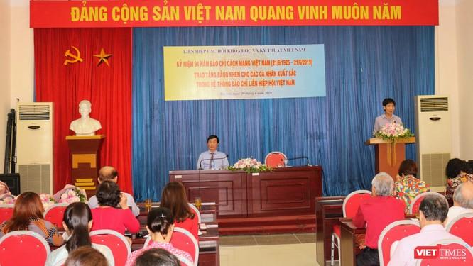 Nhà báo Lê Đăng Khoa (VietTimes) được trao Bằng khen của Liên hiệp các Hội KHKT Việt Nam ảnh 3