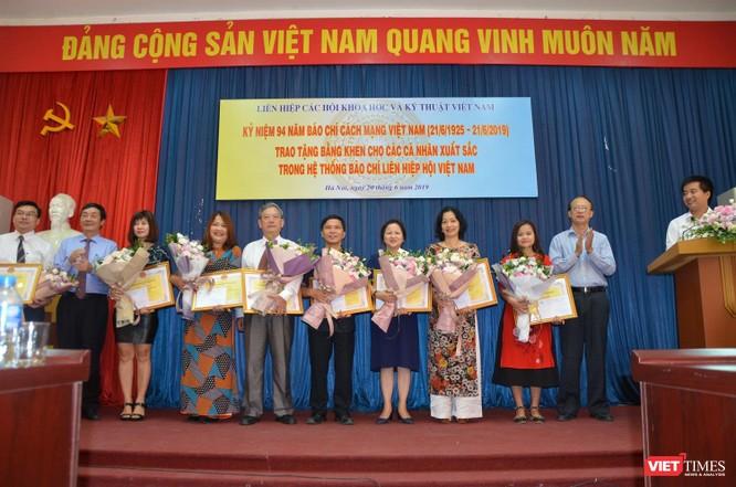 Nhà báo Lê Đăng Khoa (VietTimes) được trao Bằng khen của Liên hiệp các Hội KHKT Việt Nam ảnh 6