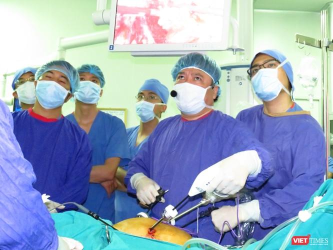 """Bài 2: Làm gì để """"giữ chân"""" bệnh nhân người nước ngoài? ảnh 3"""