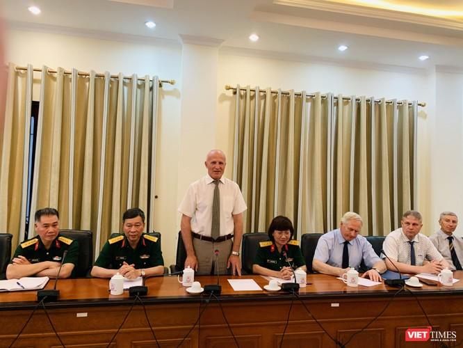 Viện sĩ Sidelnikov Nikolai Ivanovich - Giám đốc Viện Nghiên cứu khoa học dược liệu và tinh dầu Liên bang Nga mong muốn được hợp tác với các nhà khoa học Việt Nam