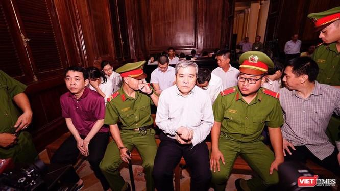 Các bị cáo tại phiên xử sơ thẩm lần 2 đang diễn ra tại TP HCM