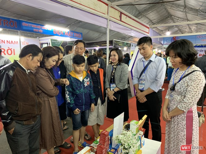 Phó Thủ tướng Trương Hòa Bình: Khoa học, công nghệ đóng góp quan trọng cho sức cạnh tranh của nền kinh tế ảnh 4
