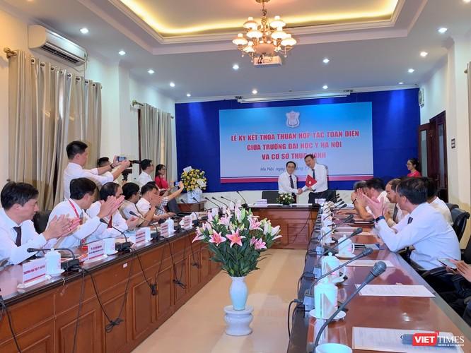Gần 30 cơ sở thực hành của Đại học Y Hà Nội đã ký kết hợp tác toàn diện với Trường, cam kết không thu phí thực hành của sinh viên