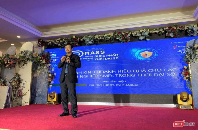 Ông Phan Văn Hiệu – Chủ tịch CVI Pharma trao đổi về