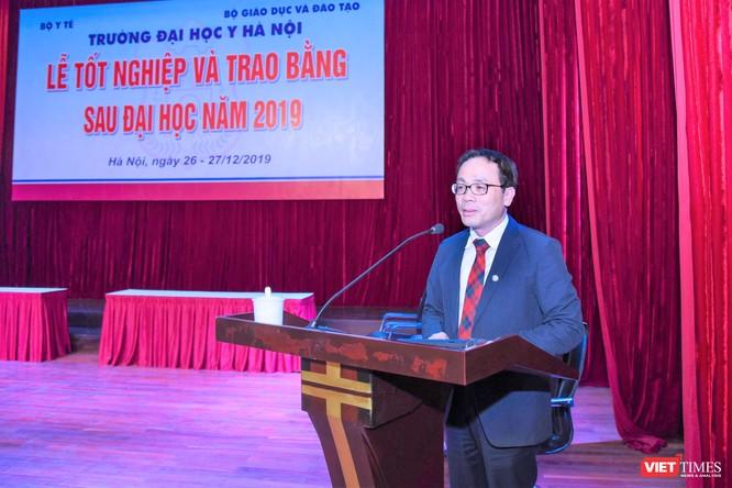 GS.TS. Tạ Thành Văn phát biểu tại buổi lễ
