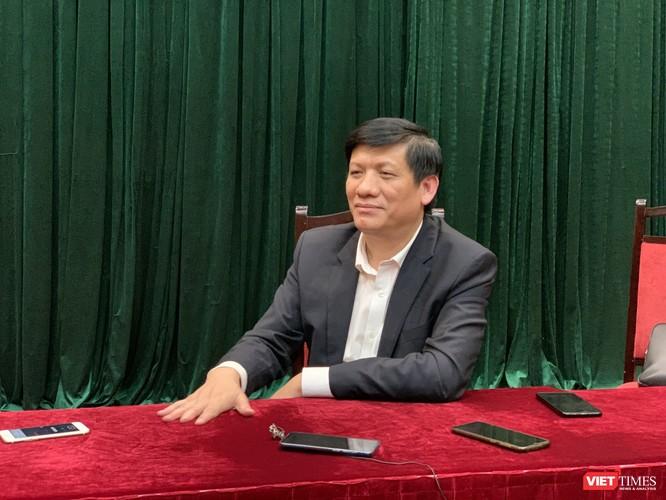Thứ trưởng Bộ Y tế Nguyễn Thanh Long cho biết đỉnh dịch sắp tới là ở Trung Quốc chứ không phải ở Việt Nam