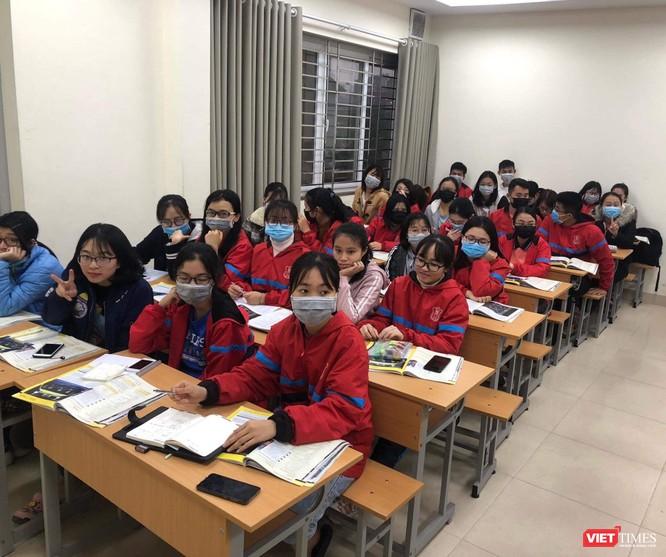 Sinh viên Trường Đại học Y Hà Nội vẫn đi học, dù nhiều trường đại học khác phải nghỉ vì dịch nCoV2019