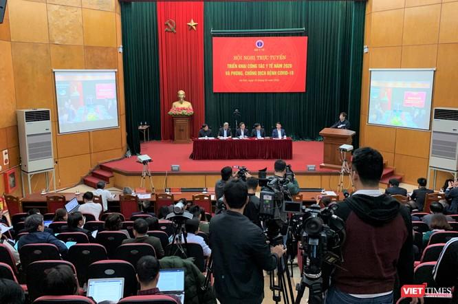 Hội nghị trực tuyến với 700 điểm cầu của Bộ Y tế dưới sự chủ trì của Phó Thủ tướng Vũ Đức Đam