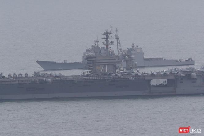 Những hình ảnh đầu tiên của đội tàu sân bay USS Theodore Roosevelt (CVN-71) ở Đà Nẵng ảnh 12