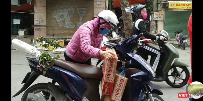 Nhiều người lo ngại thiếu thực phẩm khi có dịch nên đã vội mua đồ tích trữ