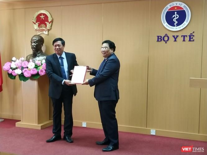 Thứ trưởng Bộ Y tế Đỗ Xuân Tuyên đảm nhiệm chức vụ Bí thư Đảng ủy Bộ Y tế nhiệm kỳ 2015 – 2020.