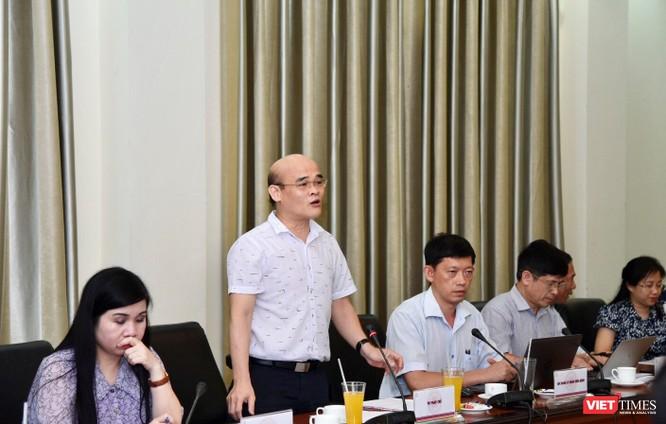 TS. Nguyễn Huy Quang - Vụ trưởng Vụ Pháp chế Bộ Y tế phát biểu tại buổi làm việc