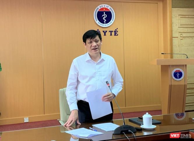 Bộ trưởng Bộ Y tế Nguyễn Thanh Long phát biểu chỉ đạo