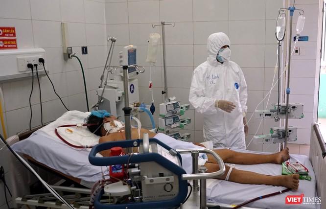 Bệnh nhân COVID-19 mắc kèm nhiều bệnh nền nặng đang được điều trị ở Đà Nẵng