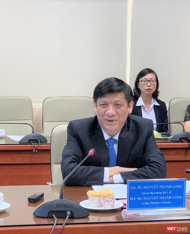 Q. Q. Bộ trưởng Bộ Y tế Nguyễn Thanh Long: Bộ Y tế sẽ tạo mọi điều kiện thuận lợi cho chuyên gia Nhật Bản nhập cảnh vào Việt Nam