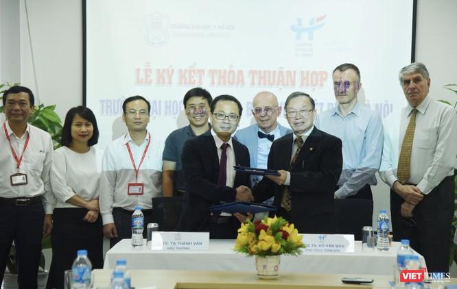 Trường Đại học Y Hà Nội và Bệnh viện Việt Pháp Hà Nội ký kết thỏa thuận hợp tác toàn diện