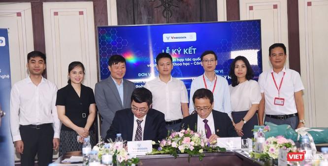 Lễ ký kết hợp tác nghiên cứu khoa học giữa Trường Đại học Y Hà Nội với Viện nghiên cứu Dữ liệu lớn, VinBigdata