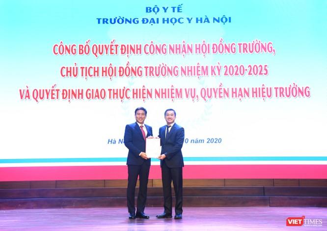 GS.TS. Tạ Thành Văn trở thành Chủ tịch Hội đồng trường đầu tiên của Trường Đại học Y Hà Nội ảnh 4