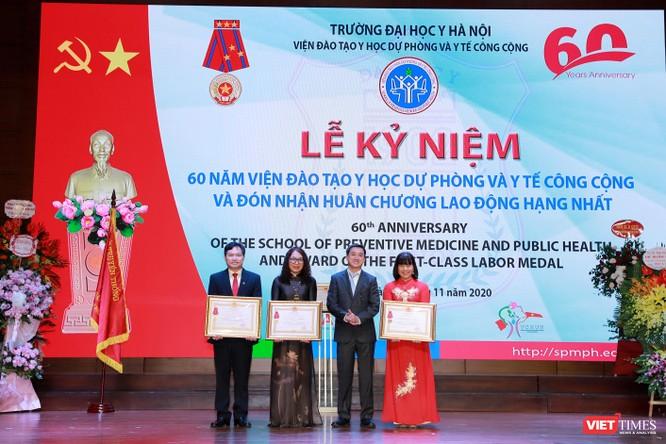"""6 thập kỷ trưởng thành của """"chiếc nôi"""" đào tạo nguồn nhân lực phòng, chống dịch bệnh ở Việt Nam ảnh 6"""