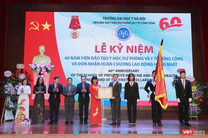 """6 thập kỷ trưởng thành của """"chiếc nôi"""" đào tạo nguồn nhân lực phòng, chống dịch bệnh ở Việt Nam ảnh 4"""