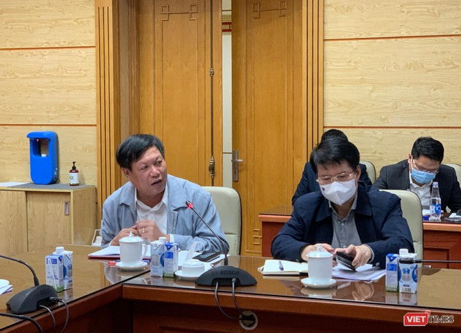 """Ngày đầu tiên có gần 100 ca nhiễm COVID-19, Bộ trưởng Bộ Y tế: """"Tình hình sẽ còn nghiêm trọng hơn"""" ảnh 3"""