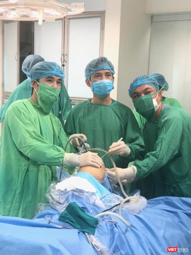 Người đi tiên phong trong phẫu thuật nội soi khớp gối, thay khớp gối, khớp háng toàn phần ở Việt Nam ảnh 3