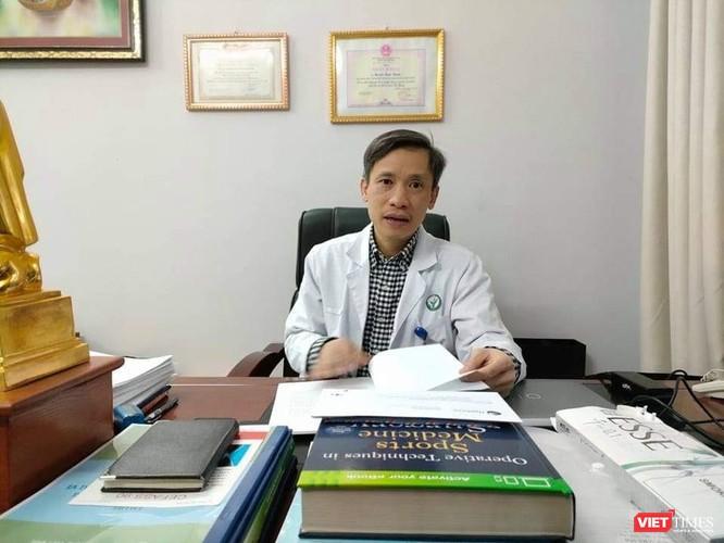 Người đi tiên phong trong phẫu thuật nội soi khớp gối, thay khớp gối, khớp háng toàn phần ở Việt Nam ảnh 1