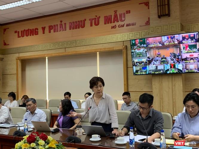 Dịch COVID-19 ở nước láng giềng căng thẳng, Bộ Y tế họp khẩn với 63 tỉnh thành ảnh 2