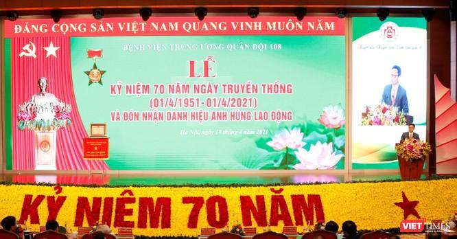 Tổng Bí thư Nguyễn Phú Trọng dự lễ đón danh hiệu Anh hùng lần thứ 3 của BV Trung ương Quân đội 108 ảnh 2