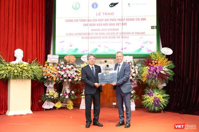 Bệnh viện Hữu Nghị Việt Đức đón nhận 3 sự kiện lớn mang tầm quốc gia và quốc tế ảnh 1