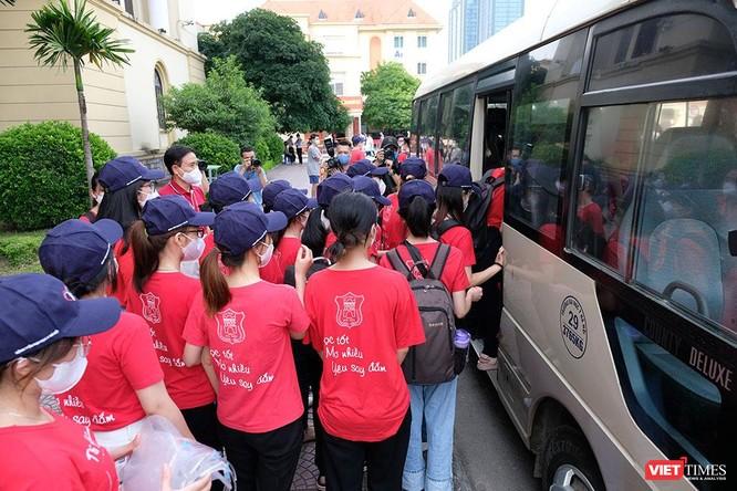 Hỗ trợ Bắc Ninh chống dịch, Trường Đại học Y Hà Nội còn nghiên cứu biến chủng của virus SARS-CoV-2 ảnh 6