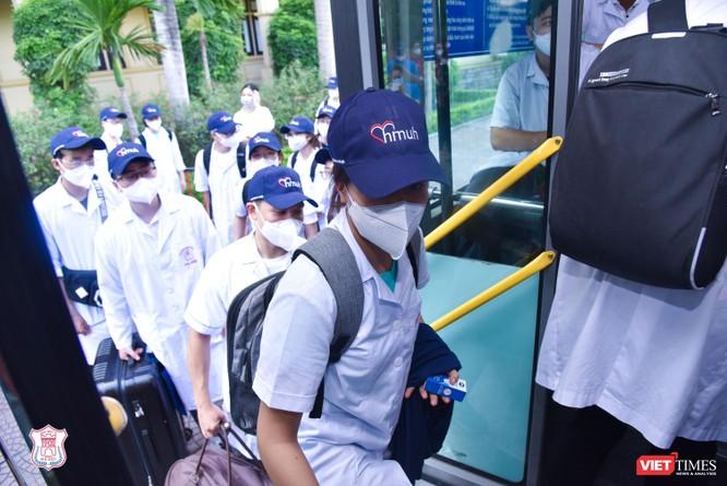Trường Đại học Y Hà Nội điều thêm 60 cán bộ, sinh viên hỗ trợ vùng tâm dịch Bắc Ninh ảnh 7