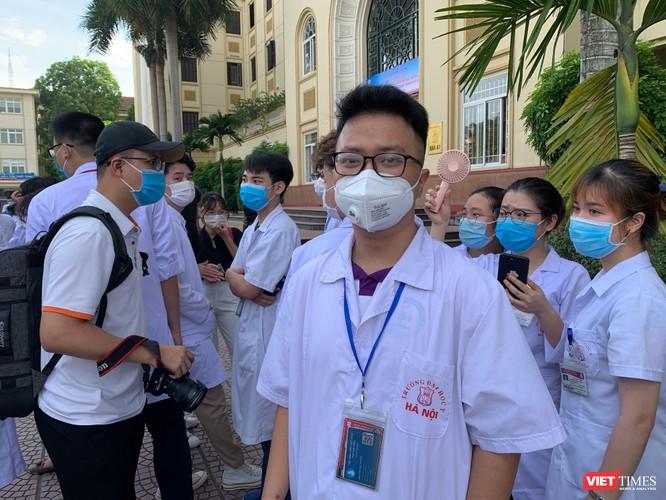 Lần thứ 3 trong 10 ngày, Trường Đại học Y Hà Nội đưa cán bộ, sinh viên chi viện tâm dịch Bắc Ninh ảnh 8