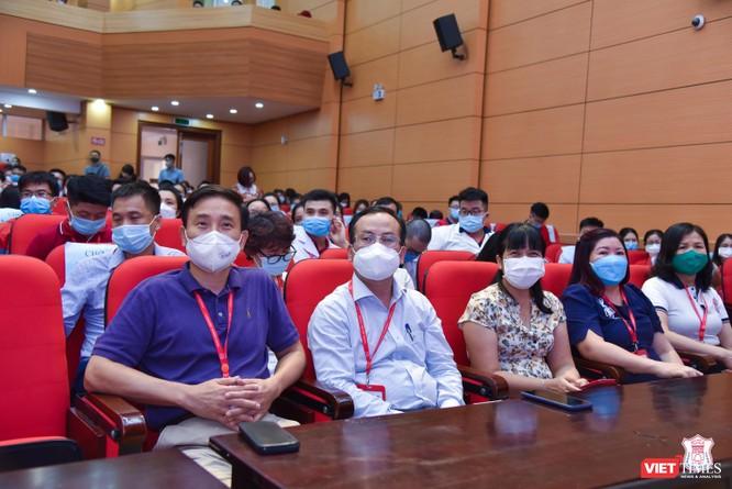 350 cán bộ, sinh viên tình nguyện của Trường Đại học Y Hà Nội vào Bình Dương hỗ trợ chống dịch ảnh 2