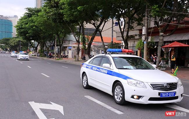 Lực lượng CSGT tuần tra trên các tuyến đường Đà Nẵng, đảm bảo ATGT và an ninh trật tự trước, trong và sau sự kiện APEC 2017