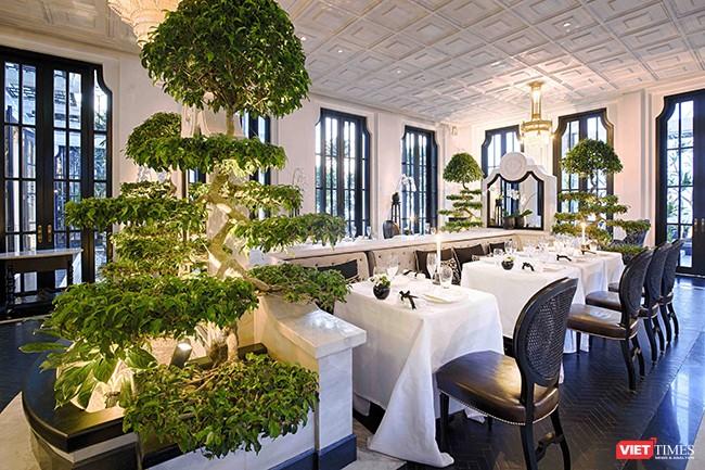 Bên trong nhà hàng La Maison 1888