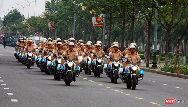 Hơn 2.000 cảnh sát diễn tập chống khủng bố bảo vệ APEC tại Đà Nẵng ảnh 6