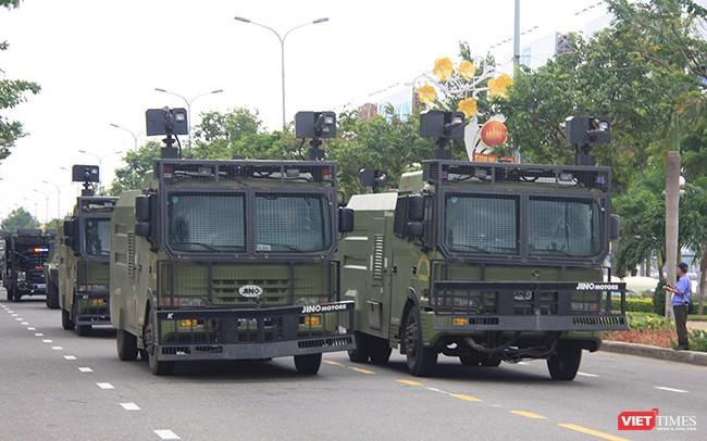 Hơn 2.000 cảnh sát diễn tập chống khủng bố bảo vệ APEC tại Đà Nẵng ảnh 7