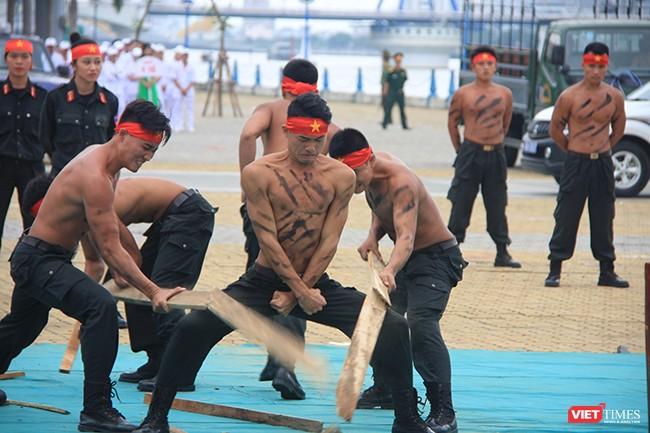 Hơn 2.000 cảnh sát diễn tập chống khủng bố bảo vệ APEC tại Đà Nẵng ảnh 18